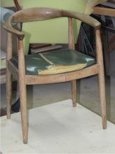 Кресло до реставрации и перетяжки