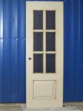 Двери после перекраски в мастерской.