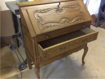 Реставрация старинного бюро из массива дуба
